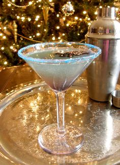 Frost Bite Martini {Sierra Mist, Blue Curacao, Coconut Vodka, Fresh Mint, Pineapple Juice)