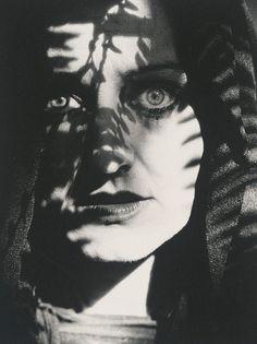Wednesday Kennedy, actor, Sydney, 1990 Lewis Morley