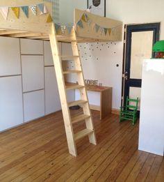 Hoogslaper met bureau en kast - Meubels op maat - Into the Woods - Maatmeubels - Leuven - Meubelmaker - Interieurbouw - Meubelontwerp - Interieurontwerp
