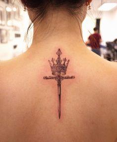 Wörter Tattoos, Dope Tattoos, Body Art Tattoos, Small Tattoos, Rosary Tattoos, Bracelet Tattoos, Heart Tattoos, Tattos, Tatoo Crown