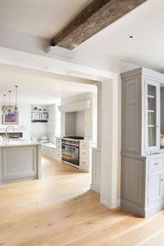 "freshfarmhouse: ""Georgian Farmhouse Kitchen, Hampshire - Humphrey Munson """