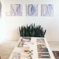 Loved seeing my paintings in the @elizsuzann Living Room last week…