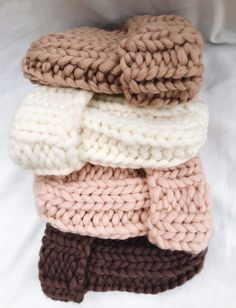 Excited to share this item from my shop: Womens wool knit hat, Super chunky hat. Free Knitting, Knitting Patterns, Knitting Ideas, Knitted Hats, Crochet Hats, Knit Crochet, Aran Weight Yarn, Knit Stockings, Stocking Pattern