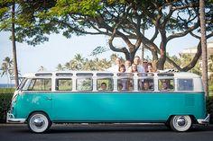 Te gek: een verlengd Volkswagenbusje voor twaalf personen
