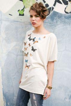 Butterflies top Butterfly Top, Butterflies, Tunic Tops, Animal, Women, Fashion, Moda, Fashion Styles, Butterfly