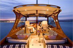 Debt Trips Up Hinckley, Venerable Maine Yacht Maker - The New York ...