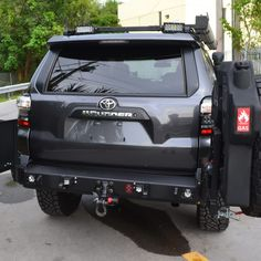 Toyota Rear Elite Bumper with tire Carrier and Jerry can holder Toyota 4runner Trd, Future Trucks, Future Car, Toyota Lift, Jeep Wk, 4runner Accessories, Tacoma World, 4 Runner, Van