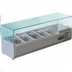 Vitrinas expositoras refrigeradas para servicio o preparación con cubiertaa de vidrio. Admite hasta 10 cubetas GN 1/4 de 100 mm , sin CFC, disponible en cuatro longitudes, cubetas GN vendidas por separado.