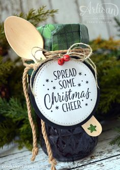Christmas Jam, Christmas Gift Tags, Christmas Wrapping, Homemade Christmas, Holiday Cards, Christmas Holidays, Christmas Crafts, Christmas Decorations, Christmas Ornaments