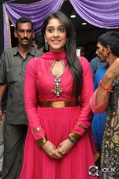 Indian Actress Photos, South Indian Actress, Indian Actresses, Romantic Couple Images, Big Melons, Regina Cassandra, Punjabi Dress, Ariel Winter, Beautiful Girl Photo