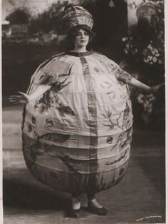 Gabrielle Ray dressed in a paper lantern