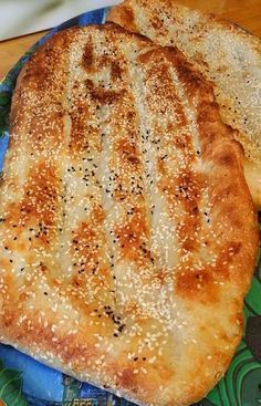 Berberibröd är en storsäljare i de bagerier som erbjuder detta fantastiska bröd. En härligt bröd med en frasig skorpa och mjukt inkråm.