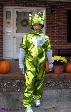 Space Alien Costume - 2012 Halloween Costume Contest