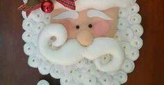 Crochê de hoje em dia passo a passo. Christmas Yard Art, Christmas Crafts, Christmas Decorations, Xmas, Christmas Ornaments, Holiday Decor, Felt Fabric, Projects To Try, Santa