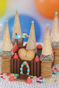 Un château en gâteaux                                                                                                                                                                                 Plus