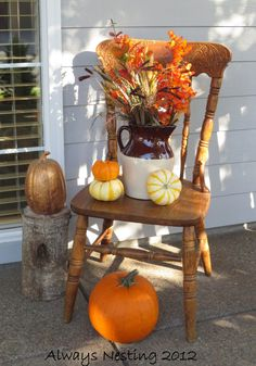 Outdoor Fall Decorations | ... previously owned $5.00 chair is perfect for front porch decorating