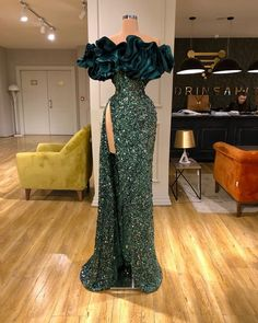 Find the perfect gown with Pageant Planet! Browse all of our beautiful prom and pageant gowns in our dress gallery. There's something for everyone, we even have plus size gowns! Prom Girl Dresses, Prom Outfits, Glam Dresses, Event Dresses, Pageant Dresses, Quinceanera Dresses, 15 Dresses, Stunning Dresses, Pretty Dresses