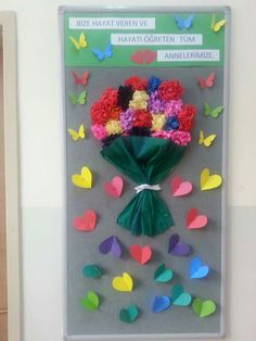 Mother's Day Bulletin Boards for Preschool - Preschool and Kindergarten Fall Arts And Crafts, Spring Crafts, Diy And Crafts, Crafts For Kids, Paper Crafts, Board Decoration, Class Decoration, School Decorations, Mothers Day Crafts