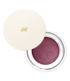 Gentlewoman. A luxurious cream-to-powder eye shadow with a lovely mousse texture…