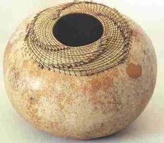 Pine needle and gourd