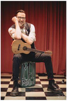 Mike Hind, Bermuda ukelele musician   Portrait photography by www.colinmurdochstudio.com