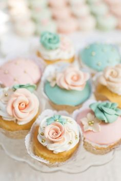 peach and mint mini wedding cake / http://www.himisspuff.com/peach-mint-wedding-color-ideas/6/
