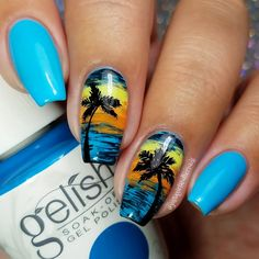 We are seriously smitten over Autumn's blissed out beach mani she got using her gifted Gelish Soak-Off Gel Polish in No Filter Needed. Snap #SelfieReadyNails all summer long with this salon exclusive.  Products were gifted as part of the Preen.Me VIP program together with Gelish.