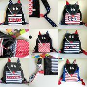 Le sac à dos loup fille personnalisé avec le prénom est idéal pour l'entrée en école maternelle, la crèche ou pour aller chez la nounou. Composez votre sac