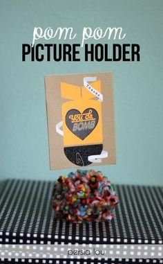 Pom Pom Picture Holders