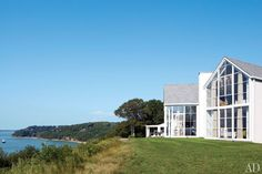 Knoll CEO Andrew Cogan's Shelter Island Beach House Photos | Architectural Digest
