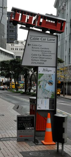 The Cable Car sculpture Wellington NZ | courtesy of Martin Csontofalszki