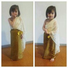 My DIY Thai costume dress for my daughter.