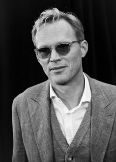 Paul Bettany Photos - Image has been converted to black and white) Paul Bettany attends the UK Fan Event to celebrate the release of Marvel Studios' 'Avengers: Infinity War' at The London Television Centre on April 8, 2018 in London, England. - Marvel Studios' 'Avengers: Infinity War' UK Fan Event