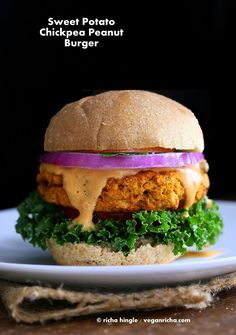 Sweet potato peanut burger Vegan Richa - Eating Plants till we Photosynthesize. Breads, Indian, Creative Vegan Recipes with whole, organic and healthy Ingredients. Most Gluten-free , Soy-free. By Richa Hingle Vegan Foods, Vegan Dishes, Vegan Vegetarian, Vegetarian Recipes, Healthy Recipes, Vegetarian Burgers, Healthy Dinners, Delicious Recipes, Yakisoba
