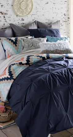 Add a trendy chevron printed duvet cover to your favorite quilt.