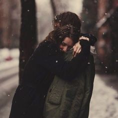 Discovered by Find images and videos about black and white and couples on We Heart It - the app to get lost in what you love. Cute Relationship Goals, Cute Relationships, Couple Goals Tumblr, Couple Goals Cuddling, Kiss And Romance, Jm Barrie, Portrait, Sense Of Life, Couple Aesthetic