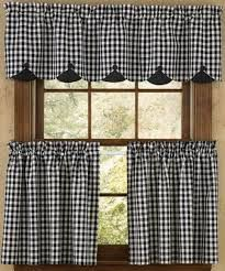 55 Ideas For Kitchen Farmhouse Curtains Kitchen Window Blinds, Kitchen Window Coverings, Blinds For Windows, Kitchen Curtains, Cafe Curtains, Drapes Curtains, Cortinas Country, Blinds Inspiration, Tiny Houses