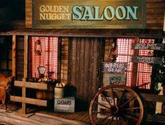wild west saloon halloween decor