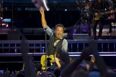 Bruce Springsteen makes us believe in rock 'n' roll again.  The Boss and The E Street Band at the Rogers Centre on Friday, August 24, 2012