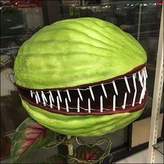 Giant Little-Shop-Of-Horrors Plant Prop