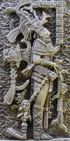 Alternative History Of Anunnaki Ancient Alien Civilization of Mesoamerica explained in Ancient Aliens video documentary Anunnaki Gods Of Ancient Mesoamerica Native Art, Native American Art, American Symbols, American History, Mayan Tattoos, Maya Civilization, Aztec Culture, Aztec Warrior, Inka