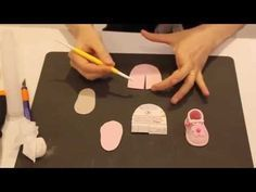 THE BABY SHOES step by step cake decorating tutorial - Cake Decorating Cupcake Ideen Fondant Icing, Fondant Toppers, Fondant Cakes, Cupcake Cakes, Fondant Tree, Cupcakes, Fondant Baby Shoes, Decoration Patisserie, Cake Decorating Tutorials