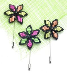 Use brick stitch and a variety of Czech glass beads for these quick and easy pins, from Bead&Button Magazine. Diy Jewelry Projects, Jewelry Making Tutorials, Beading Tutorials, Jewelry Ideas, Neon Jewelry, Seed Bead Jewelry, Seed Beads, Bead Jewellery, Jewlery