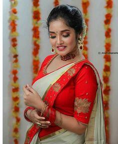Photograph of Anikha Surendran INDIAN BEAUTY SAREE PHOTO GALLERY  | I.PINIMG.COM  #EDUCRATSWEB 2020-07-02 i.pinimg.com https://i.pinimg.com/236x/27/0b/fc/270bfc38ee67133d0277b5a3a1ffa9df.jpg