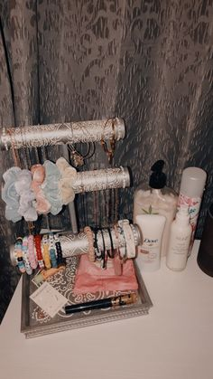 zimmer gestalten VSCO Room Ideas Body Jewelry and Today's Stars Article Body: Body jewelry and body Cute Room Ideas, Cute Room Decor, Teen Room Decor, Room Ideas Bedroom, Bedroom Decor, Chanel Decoration, Deco Studio, Attic Rooms, Aesthetic Room Decor