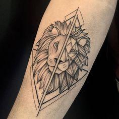 Geometric Triangle Tattoo, Triangle Tattoo Design, Geometric Tattoos Men, Hamsa Tattoo Design, Tattoo Design Drawings, Tattoo Designs Men, Cool Chest Tattoos, Arm Tattoos For Guys, Body Art Tattoos