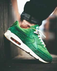 wholesale dealer 79cd6 083bc Nike Air Max 90 Homegrown - 2006 (by appie.tv) Zapatillas Correr,