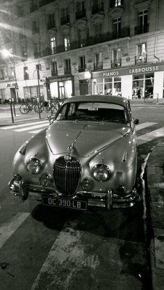 Jaguar MK2 - A touch of #Class ...... readi-bay.net ...... More