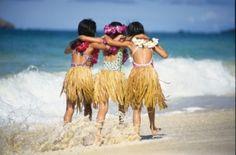 HIGirlsBeach   http://www.thefamilytravelfiles.com/ezine/articles/57/oahu-family-vacation-ideas-things-to-do-with-kids/#