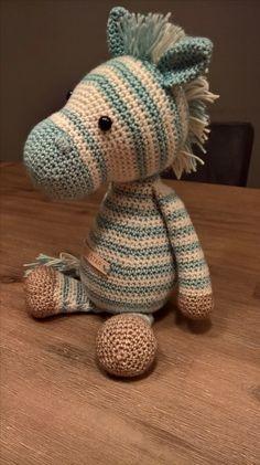 Zebra; Blauw / Wit Stonewashed. Patroon van My Krissie Dolls